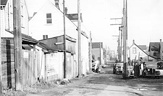 Hogan's Alley ran between Union and Prior from Gore to Main Street