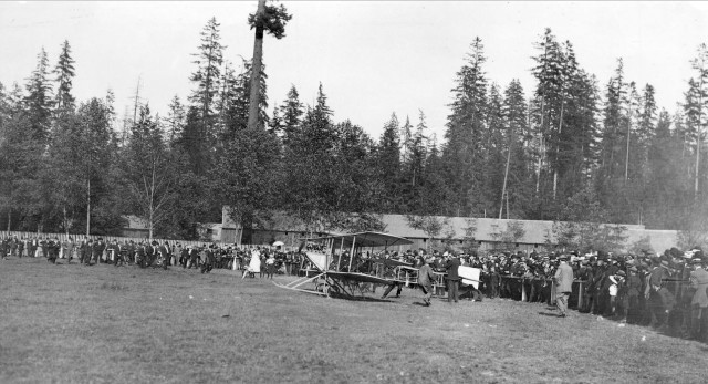 First parachute drop in Canada was at Hastings Park in Vancouver