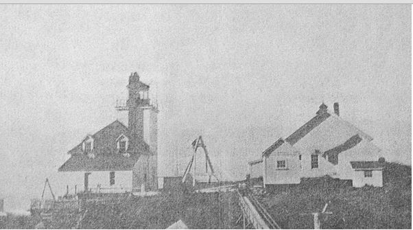 Green Island original lighthouse. Photo courtesy Library and Archives Canada