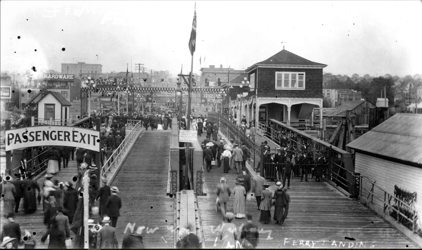 Ferry terminal in North Vancouver, 1910. Photo courtesy Vancouver Archives